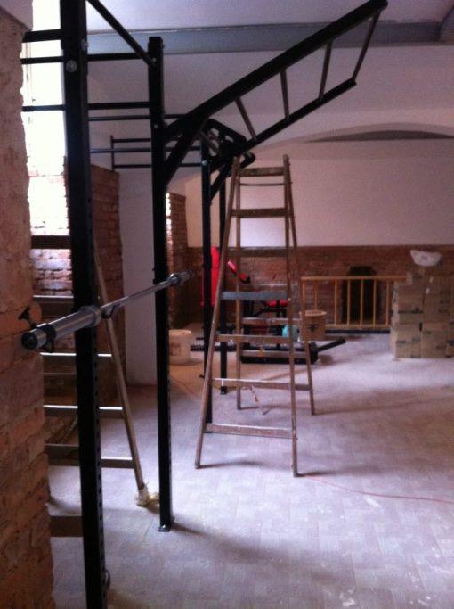 4-stĺp konštrukcia s rebríkom